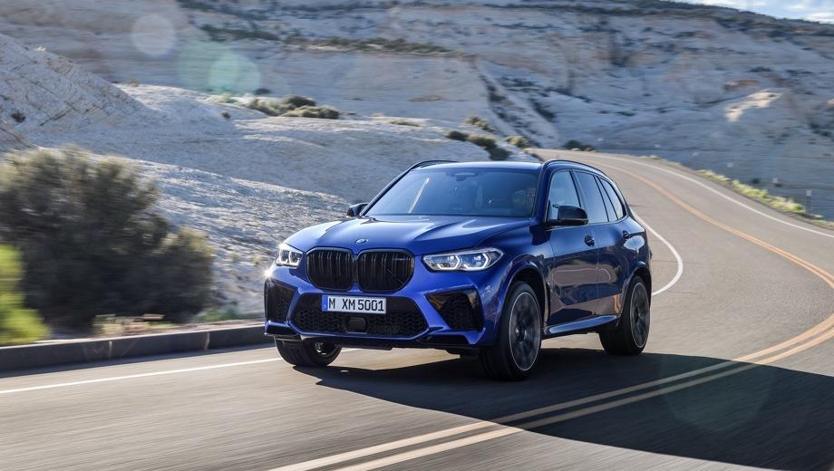 BMW X5 M. Выпускается с 2019 года. Две базовые комплектации. Цены от 9 390 000 до 9 920 000 руб.Двигатель 4.4, бензиновый. Привод полный. КПП: автоматическая.