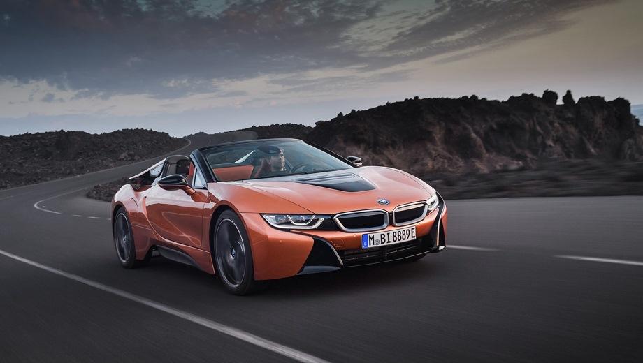 BMW i8 Cabrio. Выпускается с 2017 года. Одна базовая комплектация. Цена 11 610 000 руб.Двигатель 1.5, гибридный. Привод полный. КПП: автоматическая.