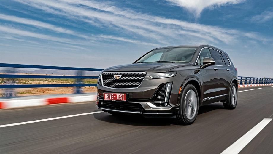Cadillac XT6. Выпускается с 2019 года. Две базовые комплектации. Цена 4 350 000 руб.Двигатель 2.0, бензиновый. Привод полный. КПП: автоматическая.