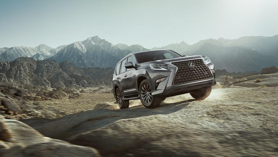 Lexus GX. Выпускается с 2019 года. Четыре базовые комплектации. Цены от 4 565 000 до 5 061 000 руб.Двигатель 4.6, бензиновый. Привод полный. КПП: автоматическая.
