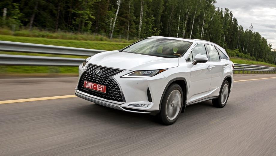 Lexus RX. Выпускается с 2019 года. Одиннадцать базовых комплектаций. Цены от 3 631 000 до 5 838 000 руб.Двигатель от 2.0 до 3.5, бензиновый и гибридный. Привод передний и полный. КПП: автоматическая и вариатор.