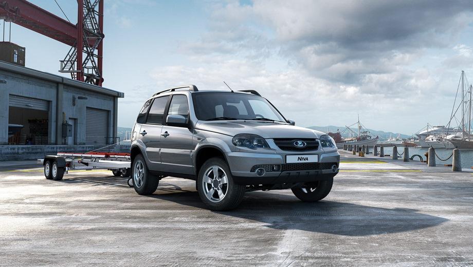 Lada Niva. Выпускается с 2020 года. Три базовые комплектации. Цены от 738 000 до 871 000 руб.Двигатель 1.7, бензиновый. Привод полный. КПП: механическая.