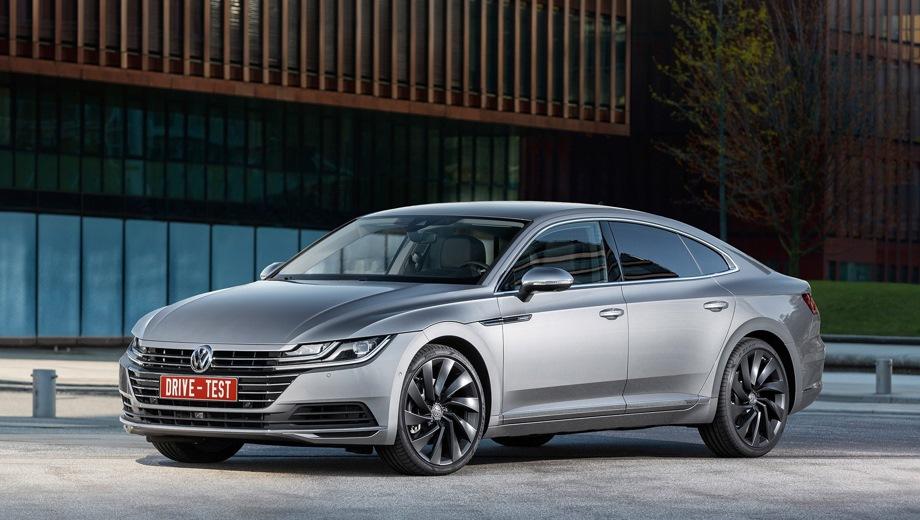 Volkswagen Arteon. Выпускается с 2017 года. Две базовые комплектации. Цены от 2 639 000 до 2 999 000 руб.Двигатель 2.0, бензиновый. Привод передний. КПП: роботизированная.