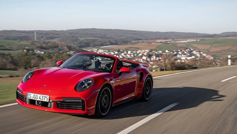 Porsche 911 Turbo Cabriolet. Выпускается с 2018 года. Две базовые комплектации. Цены от 16 520 000 до 18 770 000 руб.Двигатель 3.7, бензиновый. Привод полный. КПП: роботизированная.