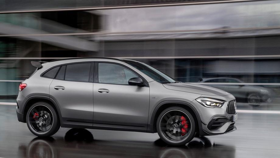 Mercedes-Benz GLA AMG. Выпускается с 2019 года. Две базовые комплектации. Цены от 4 790 000 до 6 140 000 руб.Двигатель 2.0, бензиновый. Привод полный. КПП: роботизированная.