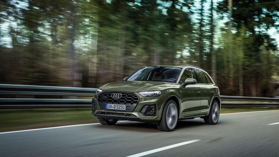 Audi Q5. Выпускается с 2020 года. Восемь базовых комплектаций. Цены от 4 445 000 до 5 142 000 руб.Двигатель от 2.0 до 3.0, бензиновый и дизельный. Привод полный. КПП: роботизированная и автоматическая.