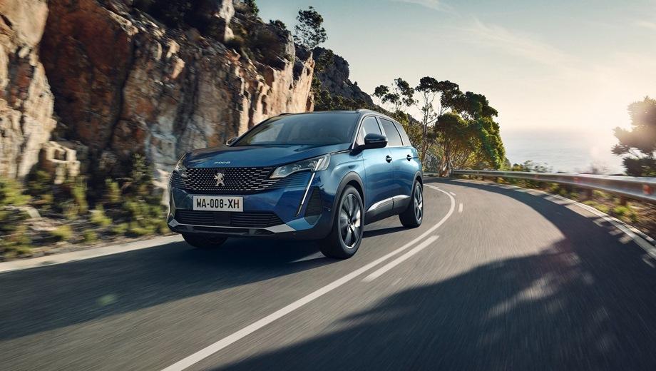 Peugeot 5008. Выпускается с 2020 года. Пять базовых комплектаций. Цены от 2 359 000 до 2 869 000 руб.Двигатель от 1.6 до 2.0, бензиновый и дизельный. Привод передний. КПП: автоматическая.