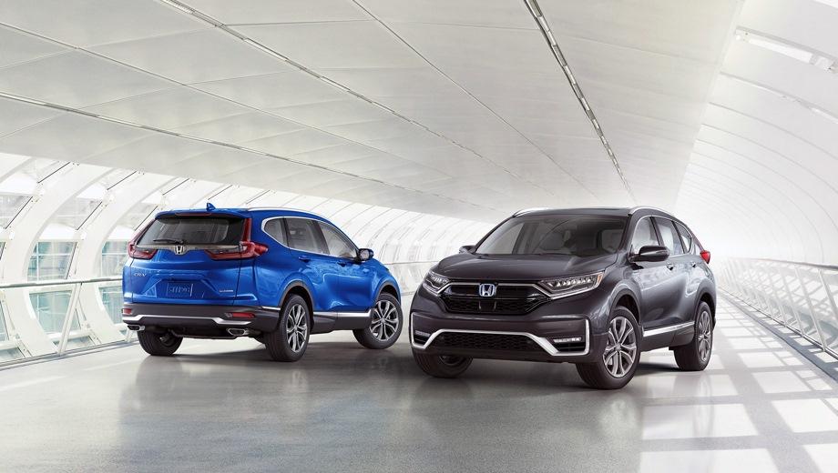Honda CR-V. Выпускается с 2019 года. Три базовые комплектации. Цены от 2 939 000 до 3 254 900 руб.Двигатель 2.4, бензиновый. Привод полный. КПП: вариатор.