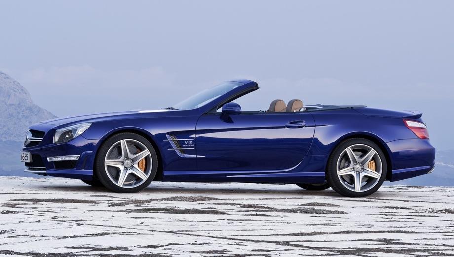 Mercedes-Benz SL 65 AMG. Выпускается с 2012 года. Одна базовая комплектация. Цена 16 750 000 руб.Двигатель 6.0, бензиновый. Привод задний. КПП: автоматическая.