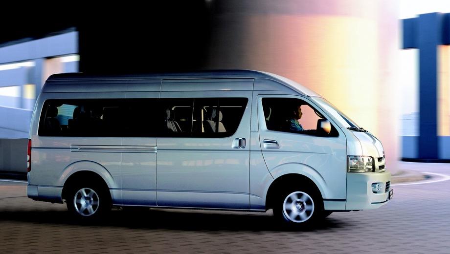 Toyota Hiace. Выпускается с 2004 года. Одна базовая комплектация. Цена 2 387 000 руб.Двигатель 2.7, бензиновый. Привод задний. КПП: механическая.