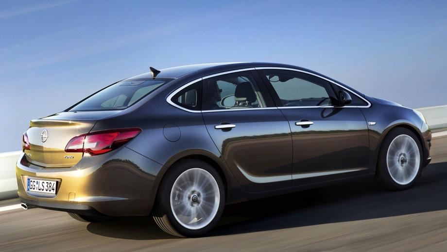 Opel Astra Sedan. Выпускается с 2012 года. Семь базовых комплектаций. Марка официально не представлена на российском рынке.Двигатель от 1.4 до 1.6, бензиновый. Привод передний. КПП: автоматическая и механическая.