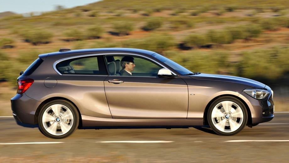 BMW 1 Series 3D. Выпускается с 2012 года. Шесть базовых комплектаций. Цены от 895 000 до 2 050 000 руб.Двигатель от 1.6 до 3.0, бензиновый и дизельный. Привод задний и полный. КПП: механическая и автоматическая.