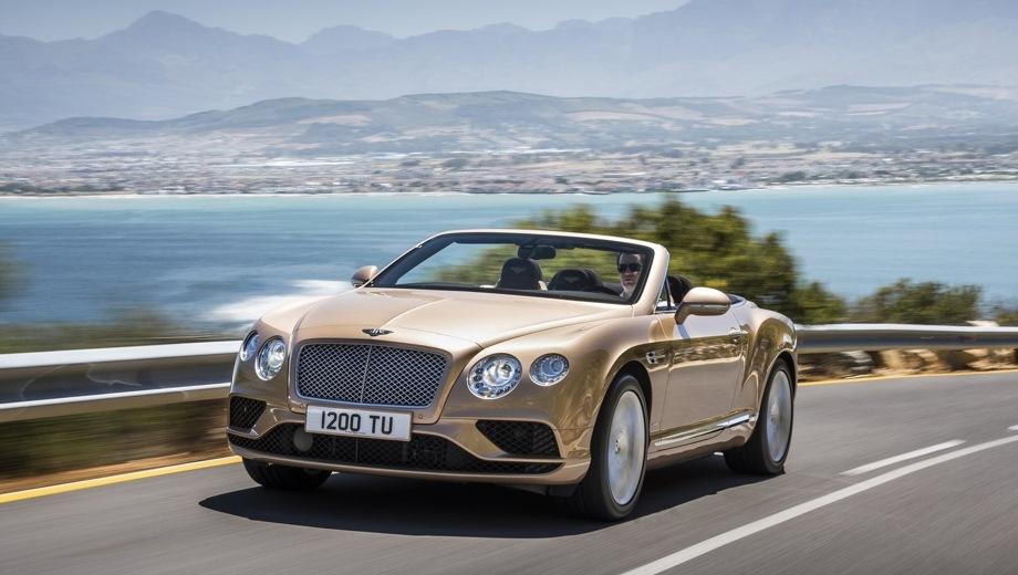 Bentley Continental GTC. Выпускается с 2011 года. Четыре базовые комплектации. Цены от 13 981 300 до 17 297 900 руб.Двигатель от 4.0 до 6.0, бензиновый. Привод полный. КПП: автоматическая.
