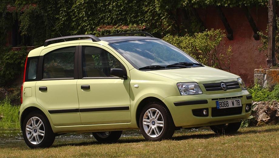 FIAT Panda. Выпускается с 2003 года. Две базовые комплектации. Цены от 395 000 до 445 000 руб.Двигатель от 1.1 до 1.2, бензиновый. Привод передний. КПП: механическая.