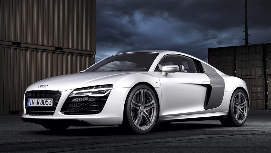 Audi R8 (2007). Выпускается с 2007 года. Четыре базовые комплектации. Цены от 6 060 000 до 8 270 000 руб.Двигатель от 4.2 до 5.2, бензиновый. Привод полный. КПП: механическая и роботизированная.