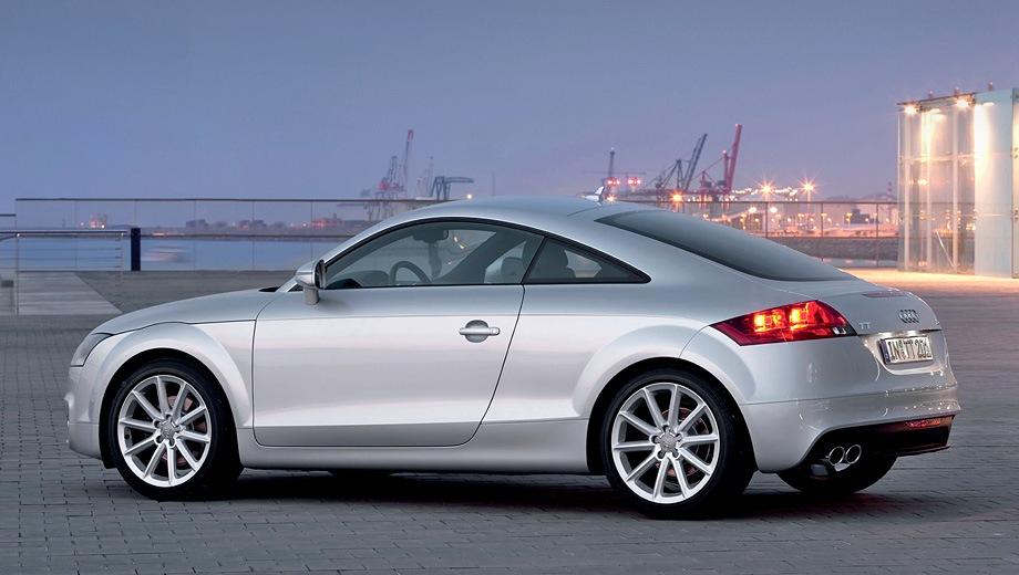 Audi TT Coupe. Выпускается с 2006 года. Пять базовых комплектаций. Цены от 1 643 000 до 2 034 000 руб.Двигатель от 1.8 до 2.0, бензиновый. Привод передний и полный. КПП: механическая и роботизированная.