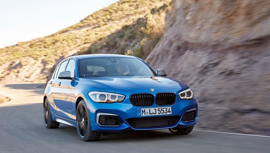 BMW 1 Series 5D. Выпускается с 2011 года. Шесть базовых комплектаций. Цены от 1 600 000 до 2 920 000 руб.Двигатель от 1.5 до 3.0, бензиновый и дизельный. Привод задний и полный. КПП: механическая и автоматическая.