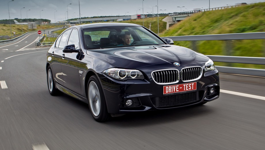 BMW 5 Series Sedan (2010). Выпускается с 2010 года. Семь базовых комплектаций. Цены от 2 540 000 до 4 490 000 руб.Двигатель от 2.0 до 4.4, бензиновый и дизельный. Привод задний и полный. КПП: автоматическая.