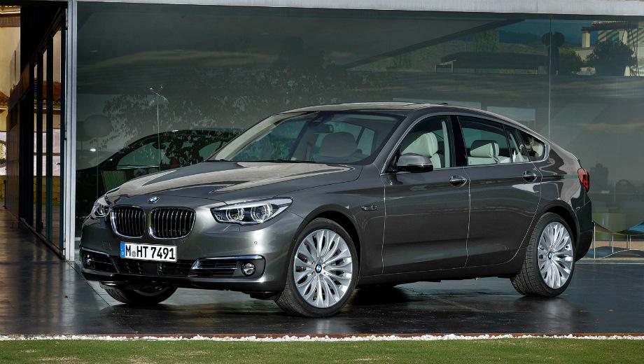 BMW 5 GT. Выпускается с 2009 года. Пять базовых комплектаций. Цены от 3 350 000 до 4 450 000 руб.Двигатель от 3.0 до 4.4, дизельный и бензиновый. Привод задний и полный. КПП: автоматическая.