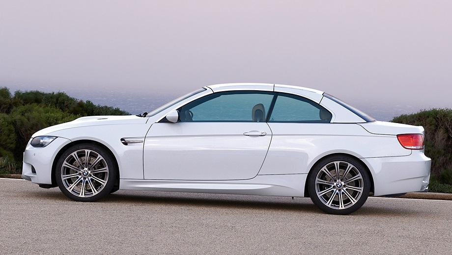 BMW M3 Cabrio. Выпускается с 2007 года. Одна базовая комплектация. Цена 3 588 000 руб.Двигатель 4.0, бензиновый. Привод задний. КПП: механическая.