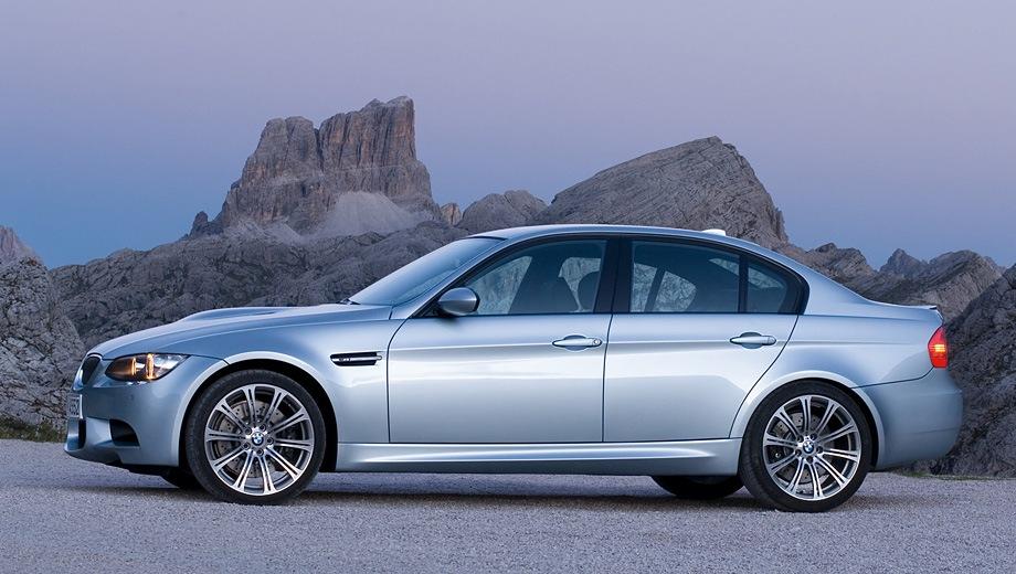 BMW M3 Limousine. Выпускается с 2005 года. Одна базовая комплектация. Цена 3 063 000 руб.Двигатель 4.0, бензиновый. Привод задний. КПП: механическая.