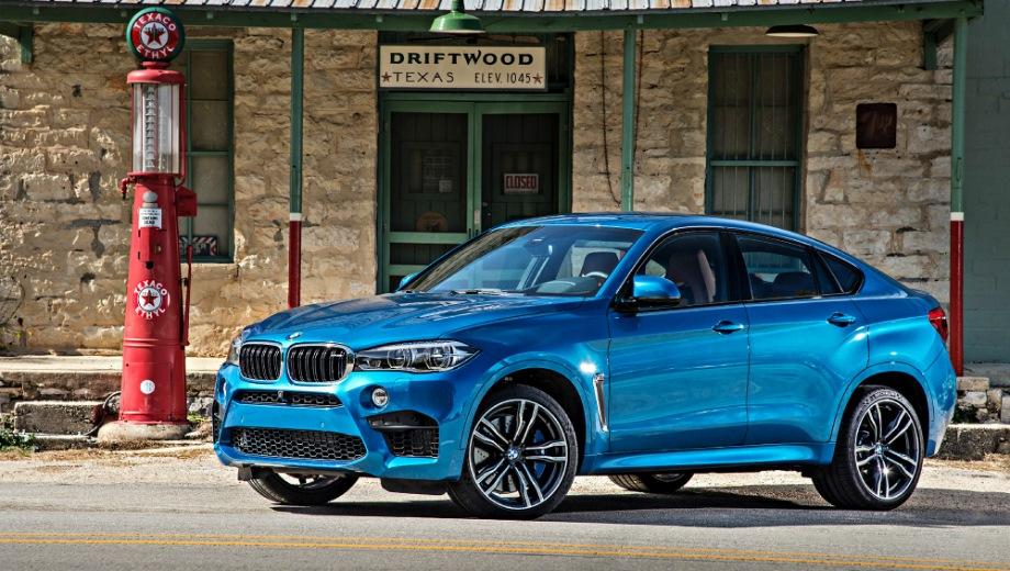 BMW X6 M. Выпускается с 2015 года. Одна базовая комплектация. Цена 7 940 000 руб.Двигатель 4.4, бензиновый. Привод полный. КПП: автоматическая.