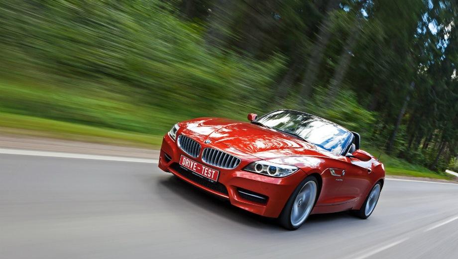BMW Z4. Выпускается с 2009 года. Четыре базовые комплектации. Цены от 2 600 000 до 3 660 000 руб.Двигатель от 2.0 до 3.0, бензиновый. Привод задний. КПП: механическая и роботизированная.
