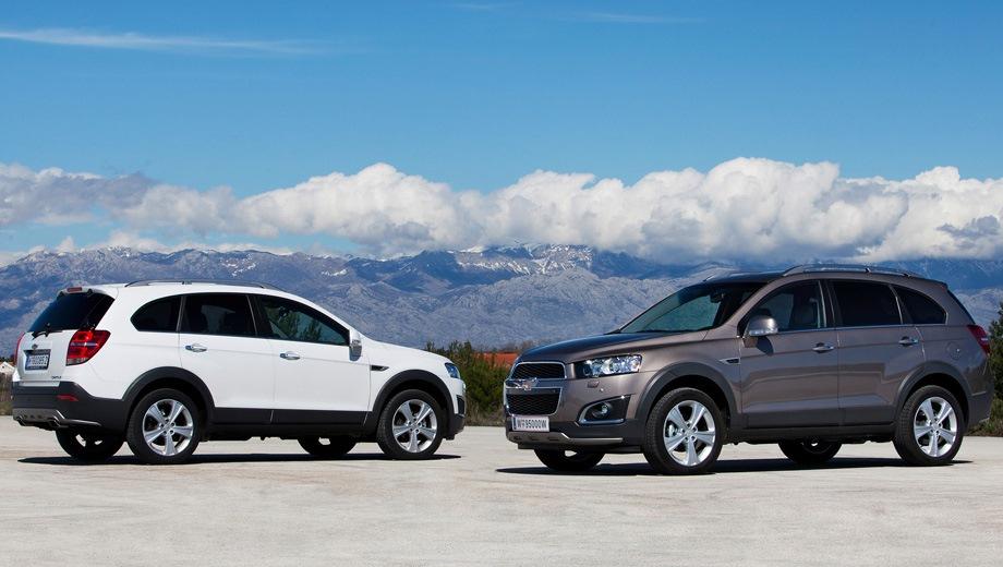 Chevrolet Captiva. Выпускается с 2006 года. Двенадцать базовых комплектаций. Цены от 1 565 000 до 1 884 000 руб.Двигатель от 2.2 до 3.0, бензиновый и дизельный. Привод полный. КПП: механическая и автоматическая.