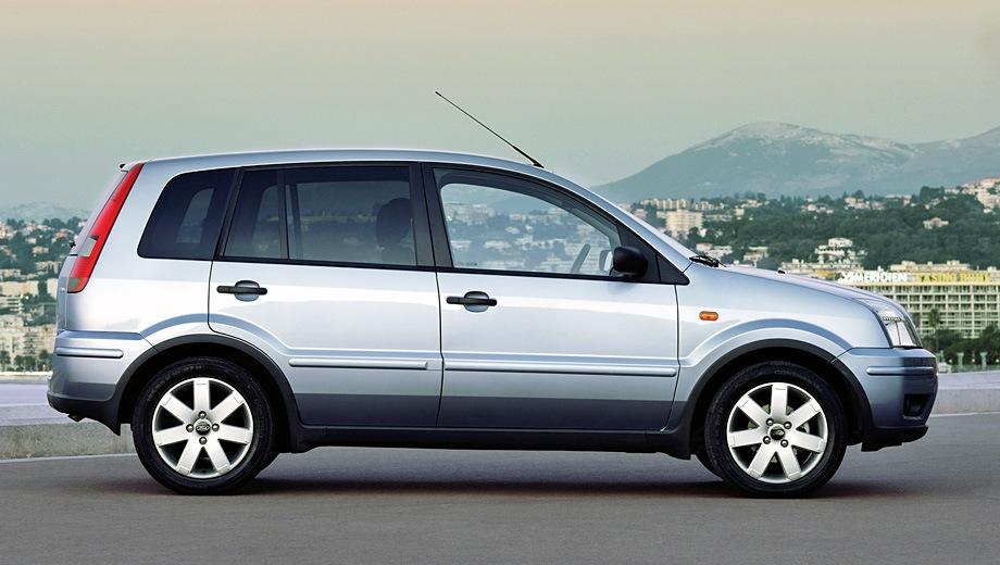 Ford Fusion. Выпускается с 2002 года. Шесть базовых комплектаций. Цены от 509 200 до 638 200 руб.Двигатель от 1.4 до 1.6, бензиновый. Привод передний. КПП: механическая и автоматическая.