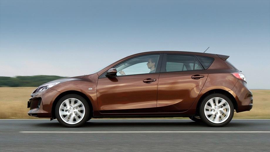 Mazda 3 Hatchback (2009). Выпускается с 2009 года. Семь базовых комплектаций. Цены от 664 000 до 917 000 руб.Двигатель от 1.6 до 2.0, бензиновый. Привод передний. КПП: механическая и автоматическая.