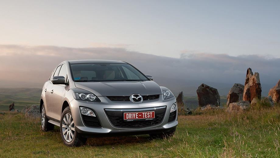 Mazda CX-7. Выпускается с 2006 года. Три базовые комплектации. Цены от 1 184 000 до 1 479 000 руб.Двигатель от 2.3 до 2.5, бензиновый. Привод передний и полный. КПП: автоматическая.