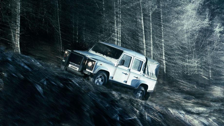 Land Rover Defender 110 Pickup. Выпускается с 1983 года. Одна базовая комплектация. Цена 3 261 000 руб.Двигатель 2.2, дизельный. Привод полный. КПП: механическая.