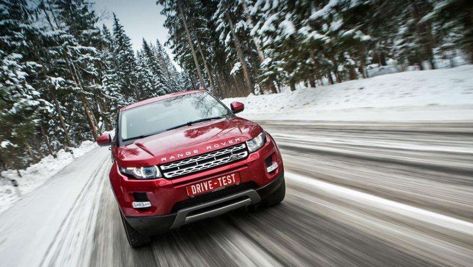 Land Rover Range Rover Evoque. Выпускается с 2011 года. Четырнадцать базовых комплектаций. Цены от 2 843 000 до 4 517 000 руб.Двигатель 2.0, дизельный и бензиновый. Привод полный. КПП: автоматическая.