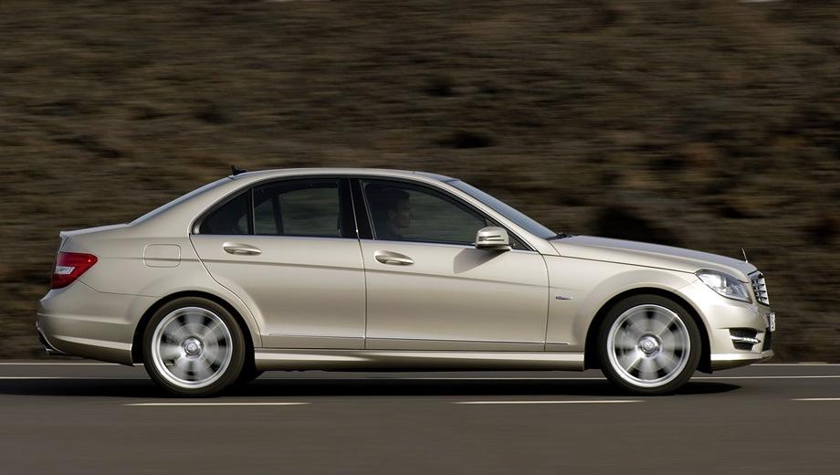 Mercedes-Benz C Saloon. Выпускается с 2007 года. Пять базовых комплектаций. Цены от 1 420 000 до 1 990 000 руб.Двигатель от 1.6 до 3.5, бензиновый и дизельный. Привод задний и полный. КПП: автоматическая.