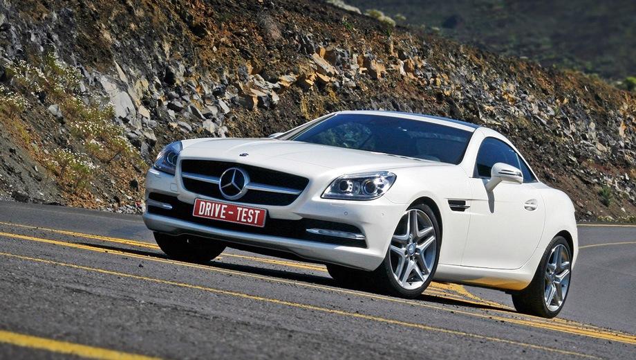 Mercedes-Benz SLK. Выпускается с 2011 года. Три базовые комплектации. Цены от 2 690 000 до 3 400 000 руб.Двигатель от 2.0 до 3.5, бензиновый. Привод задний. КПП: автоматическая.