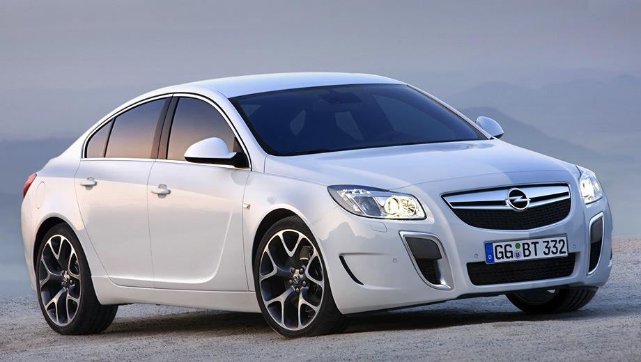 Opel Insignia Sedan OPC. Выпускается с 2009 года. Четыре базовые комплектации. Марка официально не представлена на российском рынке.Двигатель 2.8, бензиновый. Привод полный. КПП: механическая и автоматическая.