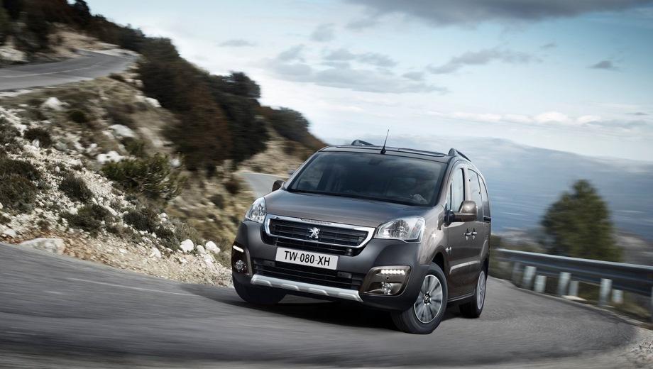 Peugeot Partner Tepee VP. Выпускается с 2008 года. Четыре базовые комплектации. Цены от 1 428 000 до 1 540 000 руб.Двигатель 1.6, бензиновый. Привод передний. КПП: механическая.