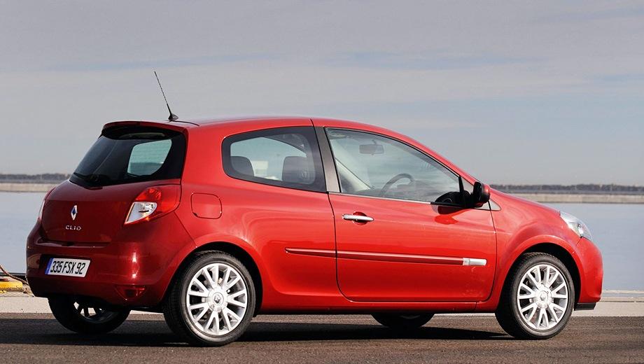Renault Clio 3D. Выпускается с 2005 года. Одна базовая комплектация. Цена 613 000 руб.Двигатель 1.6, бензиновый. Привод передний. КПП: механическая.