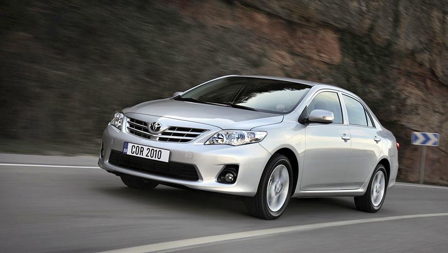 Toyota Corolla (2006). Выпускается с 2006 года. Семь базовых комплектаций. Цены от 642 000 до 878 000 руб.Двигатель от 1.3 до 1.6, бензиновый. Привод передний. КПП: механическая и автоматическая.