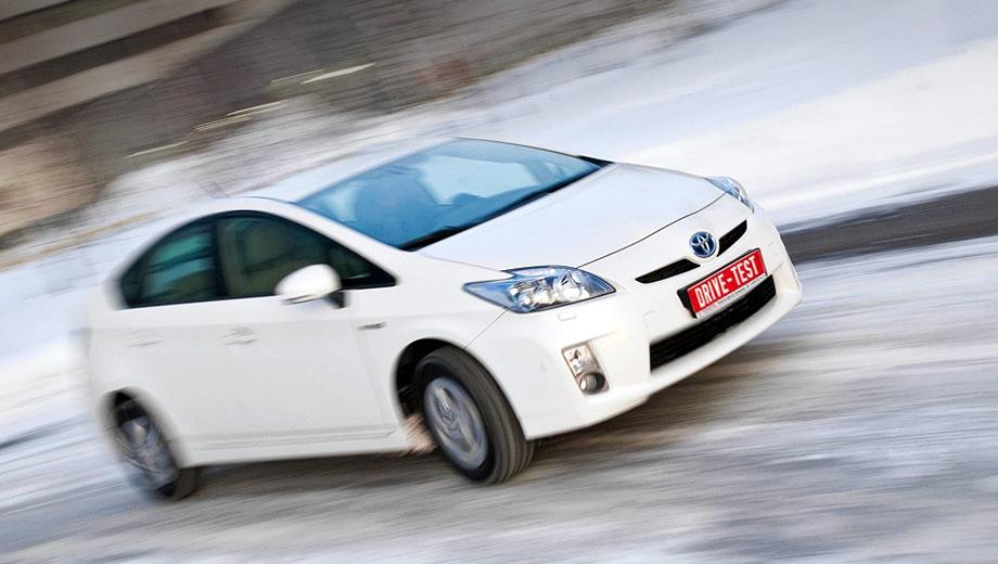 Toyota Prius (2009). Выпускается с 2009 года. Три базовые комплектации. Цена пока неизвестна.Двигатель 1.8, гибридный. Привод передний. КПП: вариатор.
