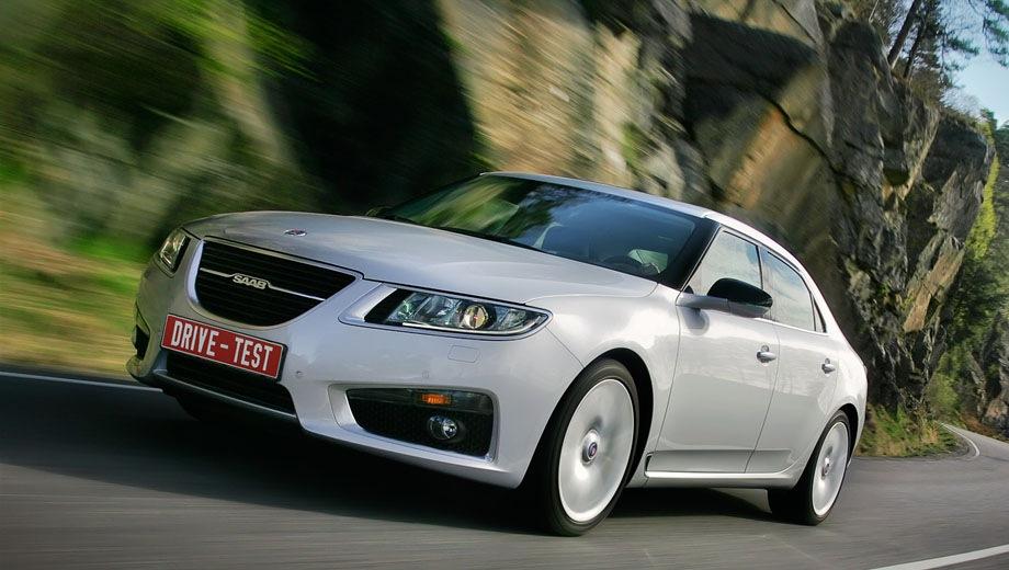 Saab 9-5 Saloon. Выпускается с 2010 года. Двадцать семь базовых комплектаций. Марка официально не представлена на российском рынке.Двигатель от 1.6 до 2.8, дизельный и бензиновый. Привод передний и полный. КПП: автоматическая и механическая.