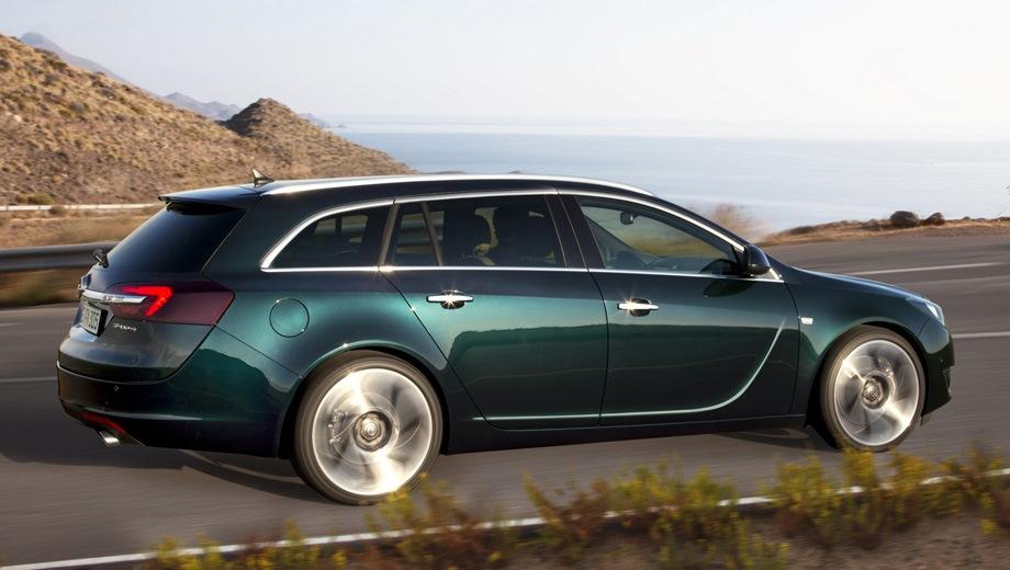 Opel Insignia Sports Tourer. Выпускается с 2008 года. Семь базовых комплектаций. Марка официально не представлена на российском рынке.Двигатель от 1.6 до 2.0, бензиновый и дизельный. Привод передний. КПП: механическая и автоматическая.
