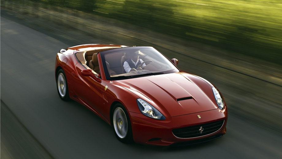 Ferrari California. Выпускается с 2009 года. Одна базовая комплектация. Цена 22 799 249 руб.Двигатель 4.3, бензиновый. Привод задний. КПП: роботизированная.