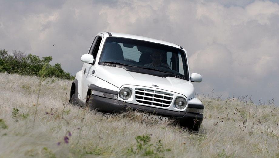 ТагАЗ Tager 3D. Выпускается с 2008 года. Пять базовых комплектаций. Цены от 519 900 до 675 900 руб.Двигатель от 2.3 до 3.2, бензиновый и дизельный. Привод задний и полный. КПП: механическая и автоматическая.