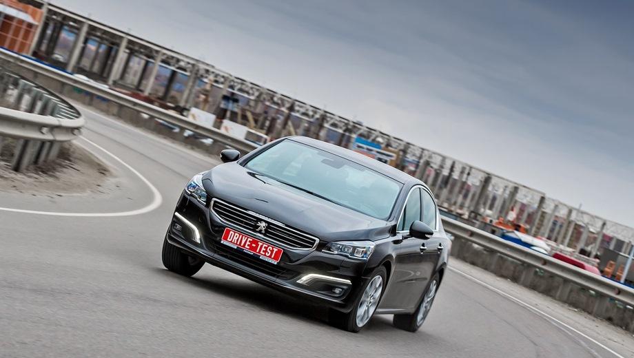Peugeot 508. Выпускается с 2010 года. Три базовые комплектации. Цены от 1 890 000 до 2 380 000 руб.Двигатель от 1.6 до 2.0, бензиновый и дизельный. Привод передний. КПП: автоматическая.