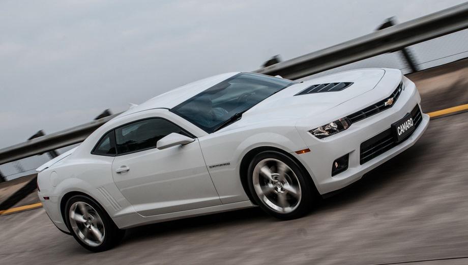 Chevrolet Camaro (2009). Выпускается с 2009 года. Две базовые комплектации. Цены от 3 900 000 до 4 600 000 руб.Двигатель от 3.6 до 6.2, бензиновый. Привод задний. КПП: автоматическая.