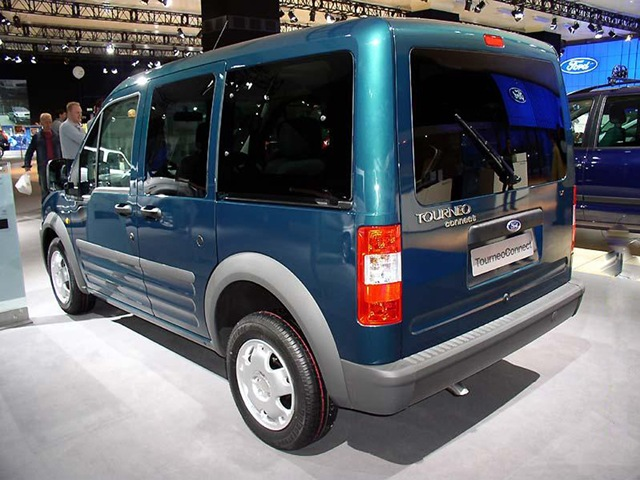 b Ford Tourneo Connect /b 2013 (…